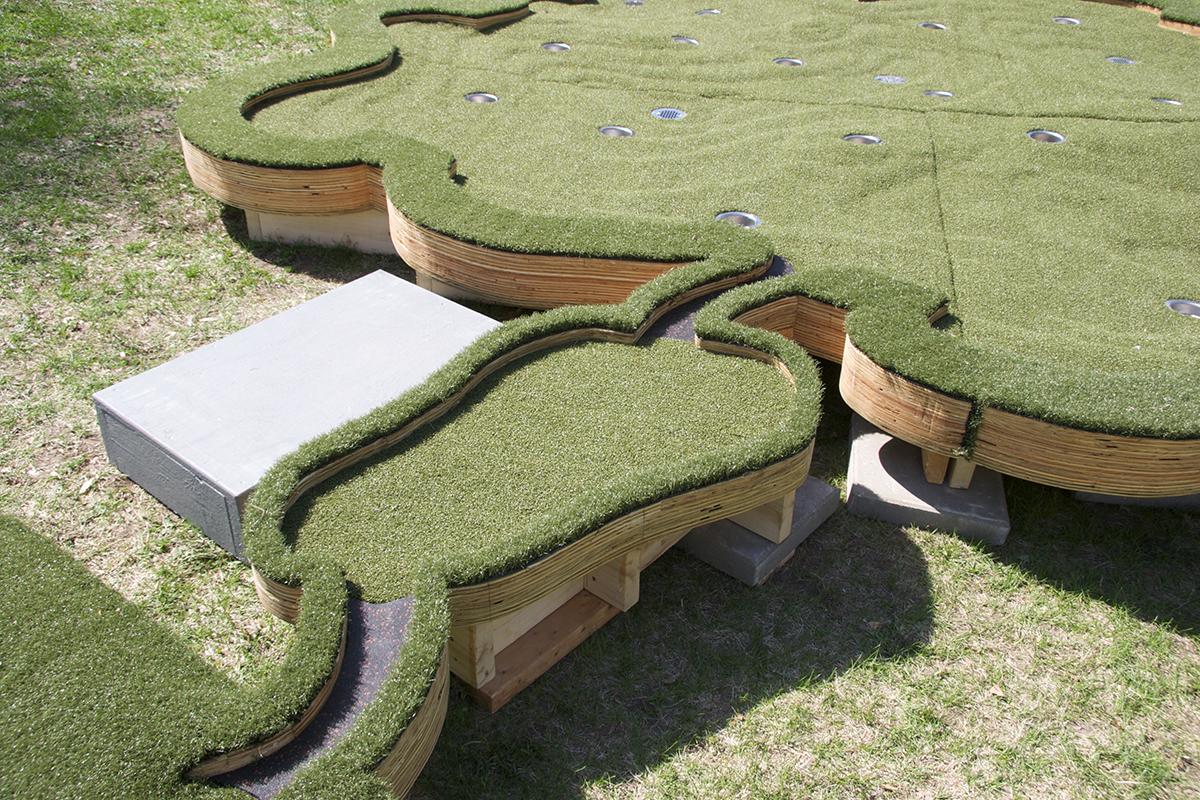 18 Holes in One -fairway<br /> (with Stephen Mohring)<br /> Walker on the Green- Minneapolis Sculpture Garden, David Lefkowitz, 2013